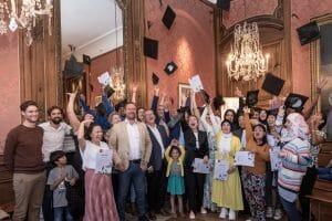 Diploma-uitreiking onderwijsambassadeurs